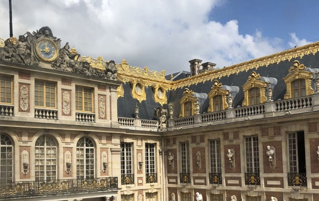 Courtyard of Palace of Versailles, How to Plan Your Trip to Versailles